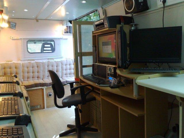 photos de l 39 atelier informatique mobile grasse cannes mougins antibes peymeinade atelier. Black Bedroom Furniture Sets. Home Design Ideas